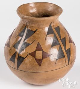 Casa Grande Indian polychrome pottery vase