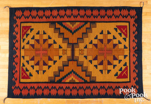 Zapotec Mexico Indian wool serapi sized weaving