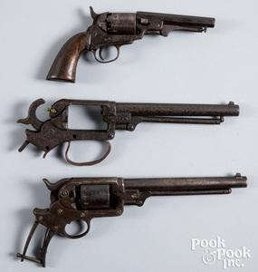 Three relic Civil War guns