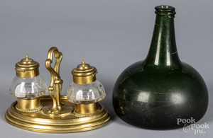 Blown glass squat bottle, together with a standish