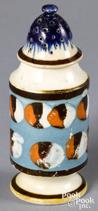 Mocha pepperpot, with cat's-eye decoration