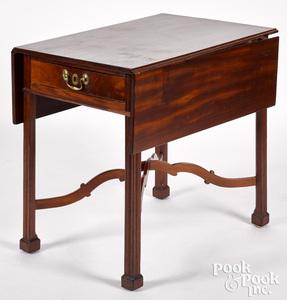 Pennsylvania Chippendale mahogany Pembroke table