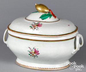 Chinese export porcelain tureen, early 19th c.