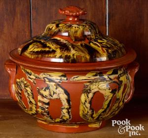 Mocha redware covered pot