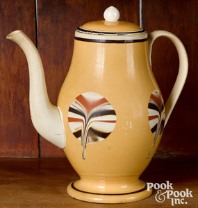 Mocha coffee pot, with fan decoration