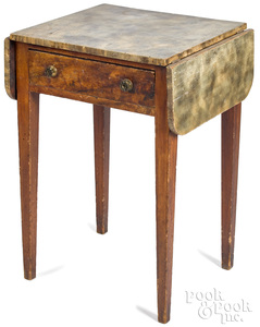 New England painted pine drop-leaf stand, early 19