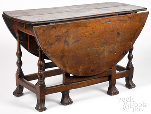 George I walnut gateleg table, ca. 1740