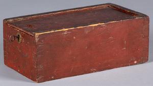 Pennsylvania painted pine slide lid candle box