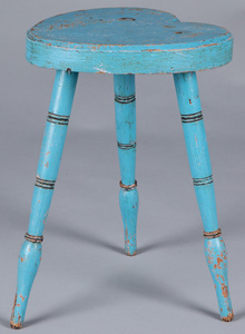 Painted pine heart stool, mid 20th