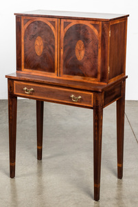Federal style inlaid mahogany ladies secretary