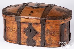 Scandinavian pine lock box, 19th c.