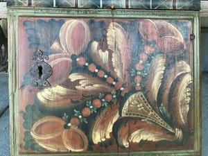 Scandinavian painted pine hanging cupboard, 19th c