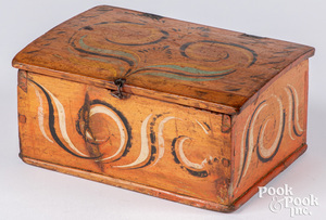Scandinavian painted pine dresser box, 19th c.
